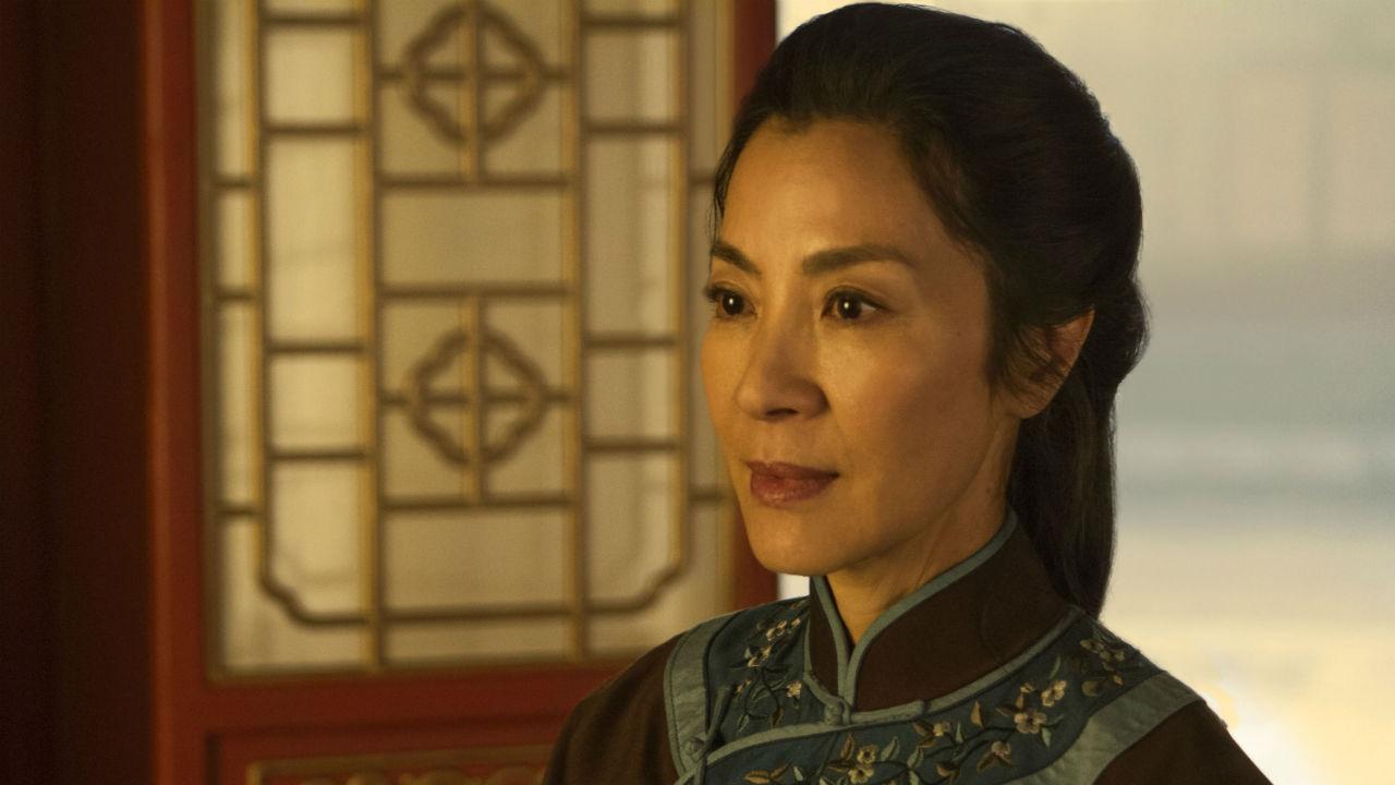 """Michelle Yeoh negociando para estar em """"Shang-Chi e a Lenda dos Dez Anéis"""""""