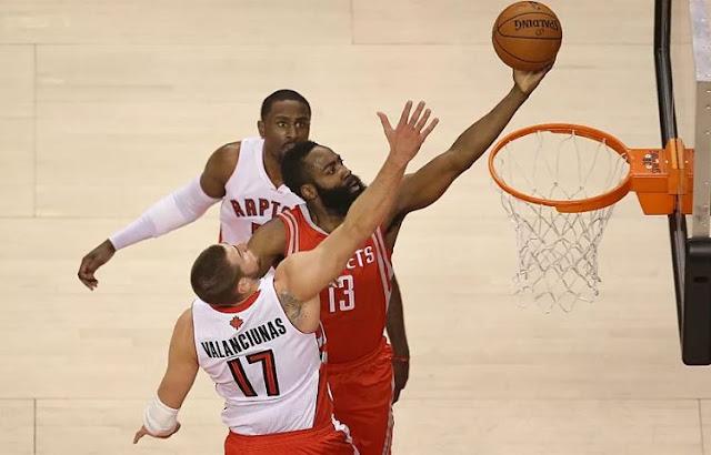 James Harden Bawa Houston Rockets Tundukkan Raptors