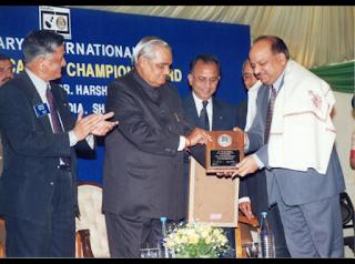 Award to Dr. Harsh Vardhan