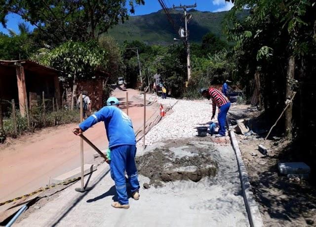 Pavimentação na rodovia que liga Palmeiras a Caeté-Açu está em andamento