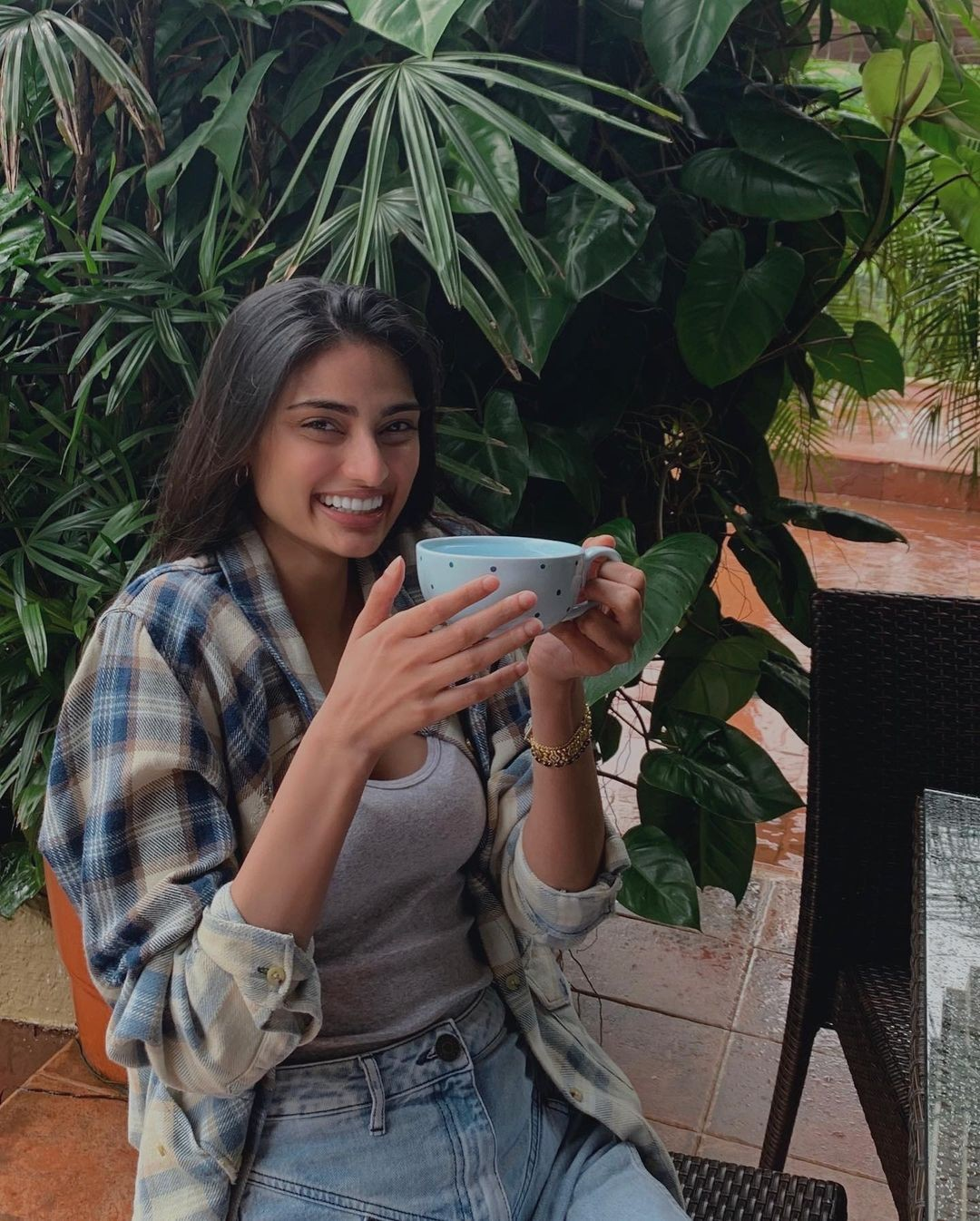 Actors Gossips: Athiya Shetty birthday wish I just hope that we will be nice to at least one another and sleep in harmony