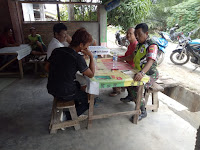 Bersama Gamot, Babinsa Koramil 16/PT Bahas Kebersihan Lingkungan