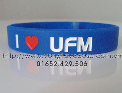 Vòng tay I love UFM