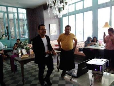 Mas Ebi dan Chef Indra at Giggle Box Kampung Kali