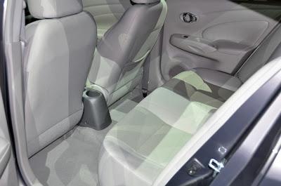 Nissan Sunny Rear Seats