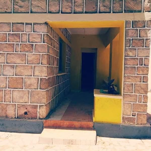 ما لم يعد مجرد حلم :  بيت ثقافيّ، لإخوتي مجانين الشعر والأدب في الصومال