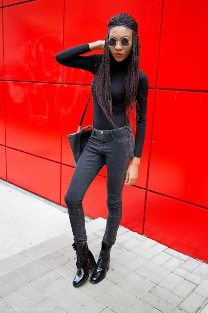 All black women outfit