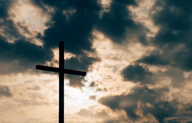 http://www.saibando.com/2015/11/religiao-da-paz-cristianismo.html