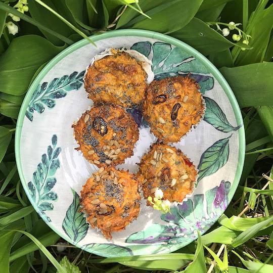 Wytrawne muffinki z batatami, chili, serem i nasionami idealne na piknik
