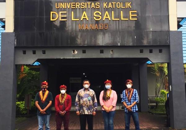 Rektor Unika De La Salle Manado Sambut Kehadiran PMKRI
