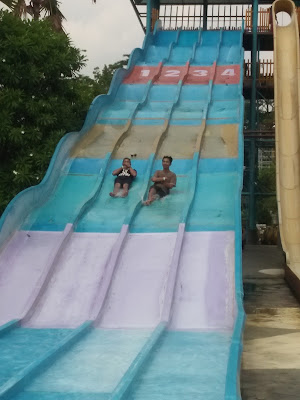Membuang Rasa Suntuk Di Labersa Water Park dan Labersa Theme Park