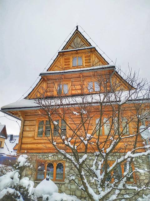 styl Zakopiański, drewniane domki, osiedle Harenda, Podhale