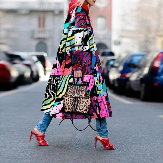 PRINTED STATEMENT COAT
