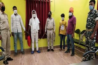 police-arrest-batttry-thieve-gang