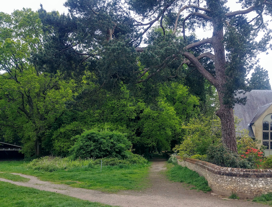 Take Chipperfield footpath 5 to the left of the church