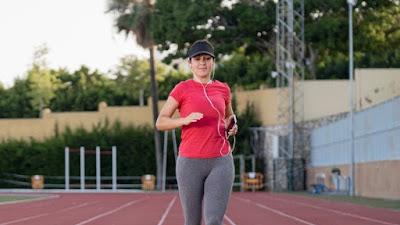 Apakah kamu sedang stres? Cobalah berlari atau joging untuk meningkatkan mood secara instan