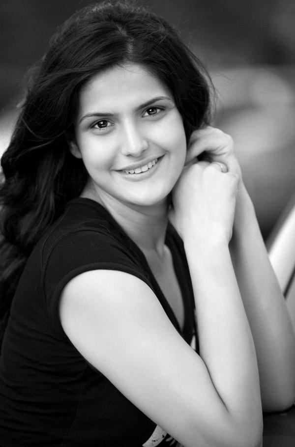 Zareen Khan Nude Photos