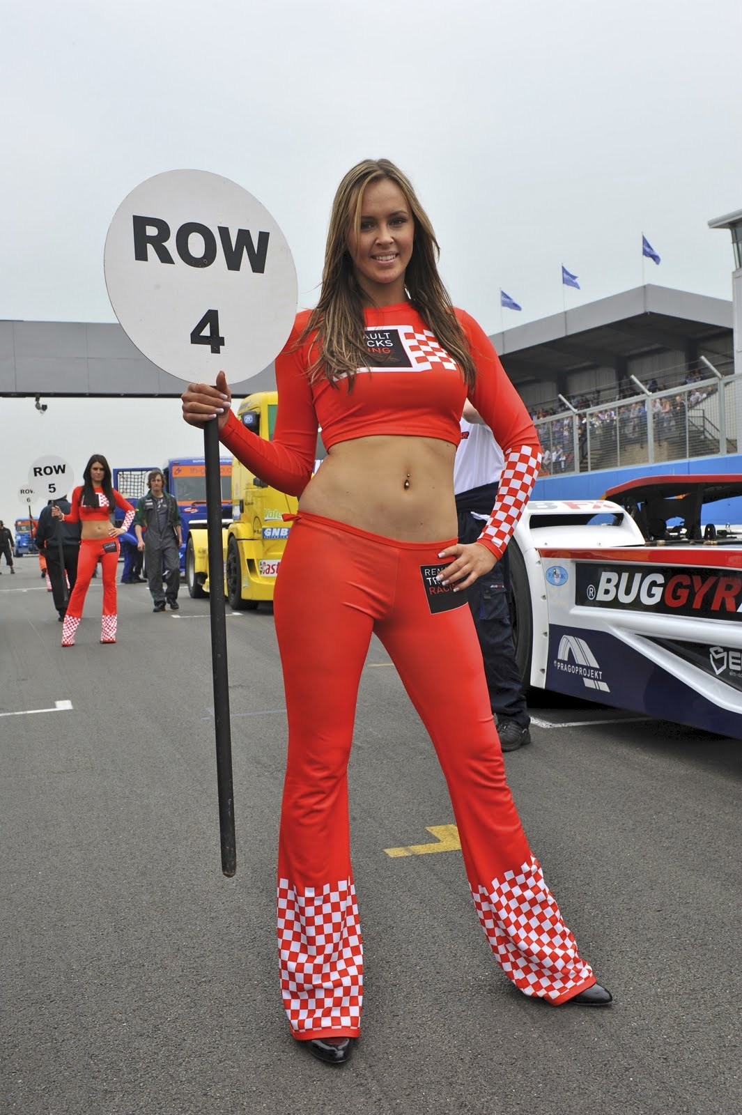 UK Car Babes: Renault Trucks Grid Girls
