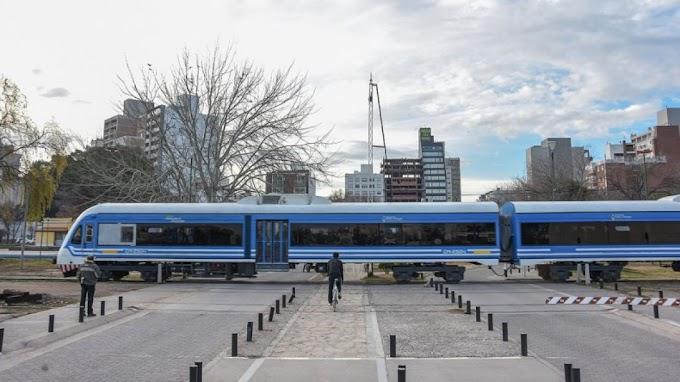 Comenzarán la construcción de tres nuevos apeaderos para el Tren del Valle