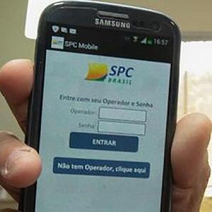 SPC lança aplicativo para consulta gratuita de dívidas, onde também é possível saber seu Score e Cadastro Positivo