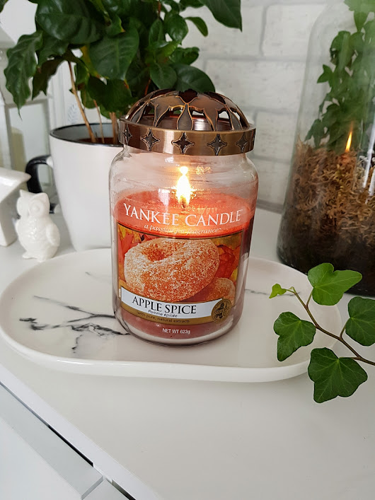 Yankee Candle - Apple Spice