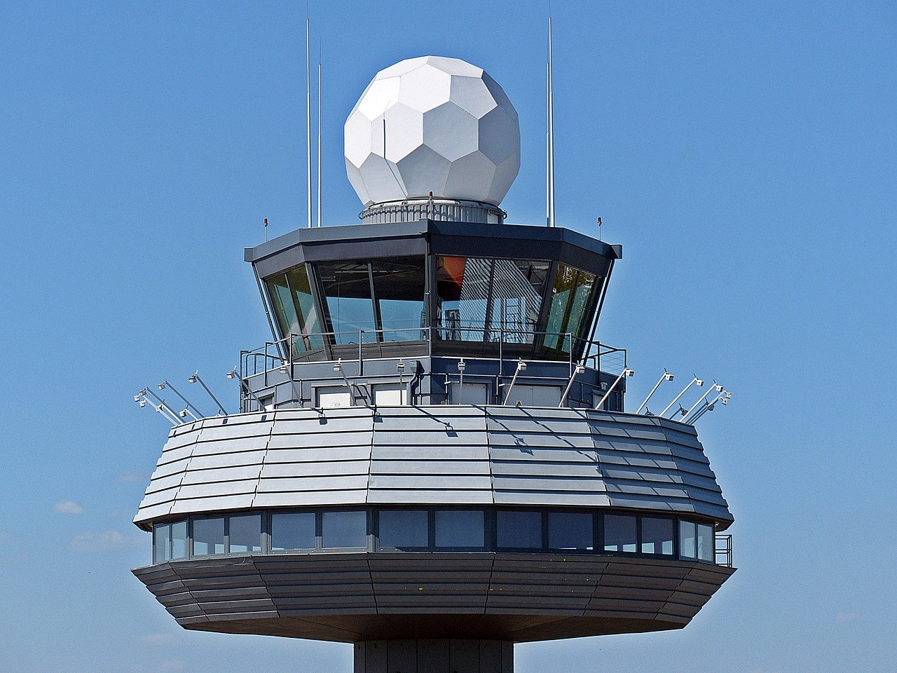 Air traffic controller salary in Nigeria