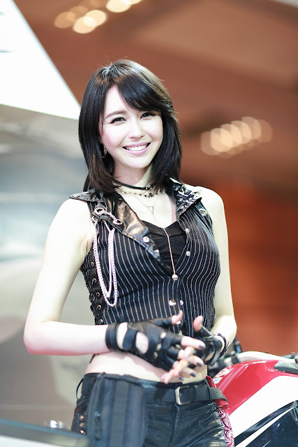 2 Jung Mi - She is HOT - very cute asian girl-girlcute4u.blogspot.com