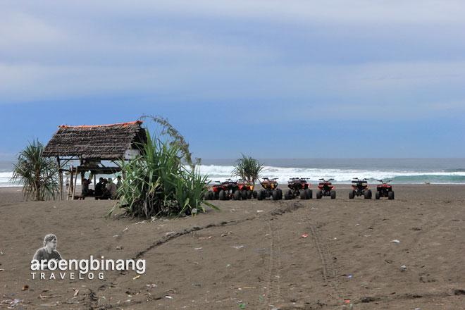 pantai parangtritis bantul yogyakarta