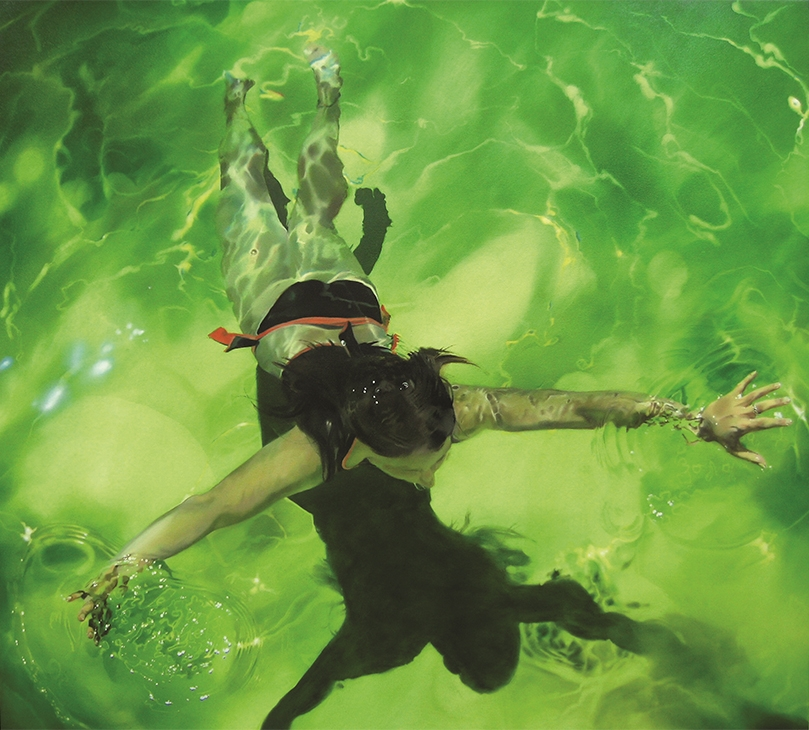 01-Sarah-Harvey-Self-Portraits-of-Realistic-Underwater-Paintings-www-designstack-co