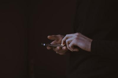 Efek Negatif Teknologi pada Komunikasi