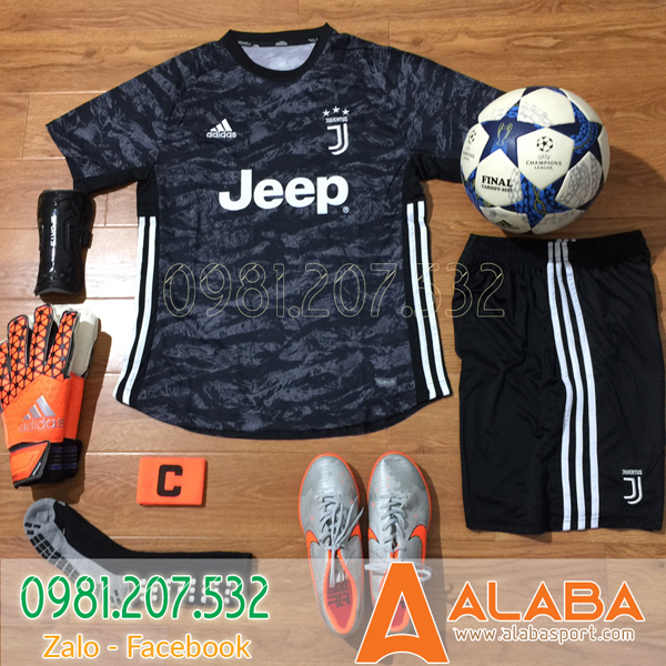Áo đội tuyển Juventus 2019 màu đen xám độc lạ