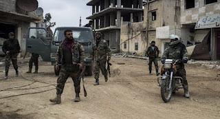 Rezim Syiah Nushairiyah Gempur Idlib dengan Jatuhkan Ranjau Parasut