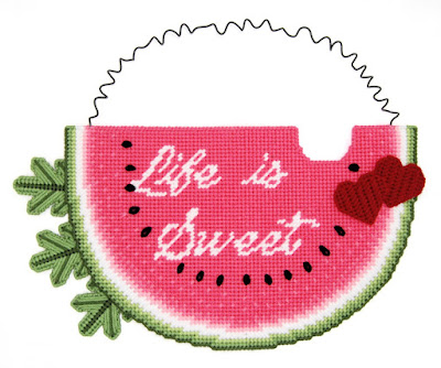 https://www.etsy.com/littlesapphire/listing/597099693/pattern-life-is-sweet-wall-hanging-in?utm_source=Copy&utm_medium=ListingManager&utm_campaign=Share&utm_term=so.lmsm&share_time=1519833008505