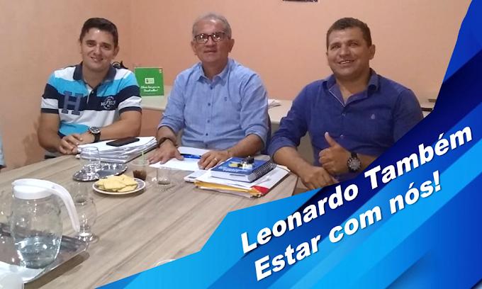 Empresário do ramo de confecções, Leonardo Barbosa declara apoio à gestão Vital Costa e ao pré-candidato a Vereador Odon Macêdo