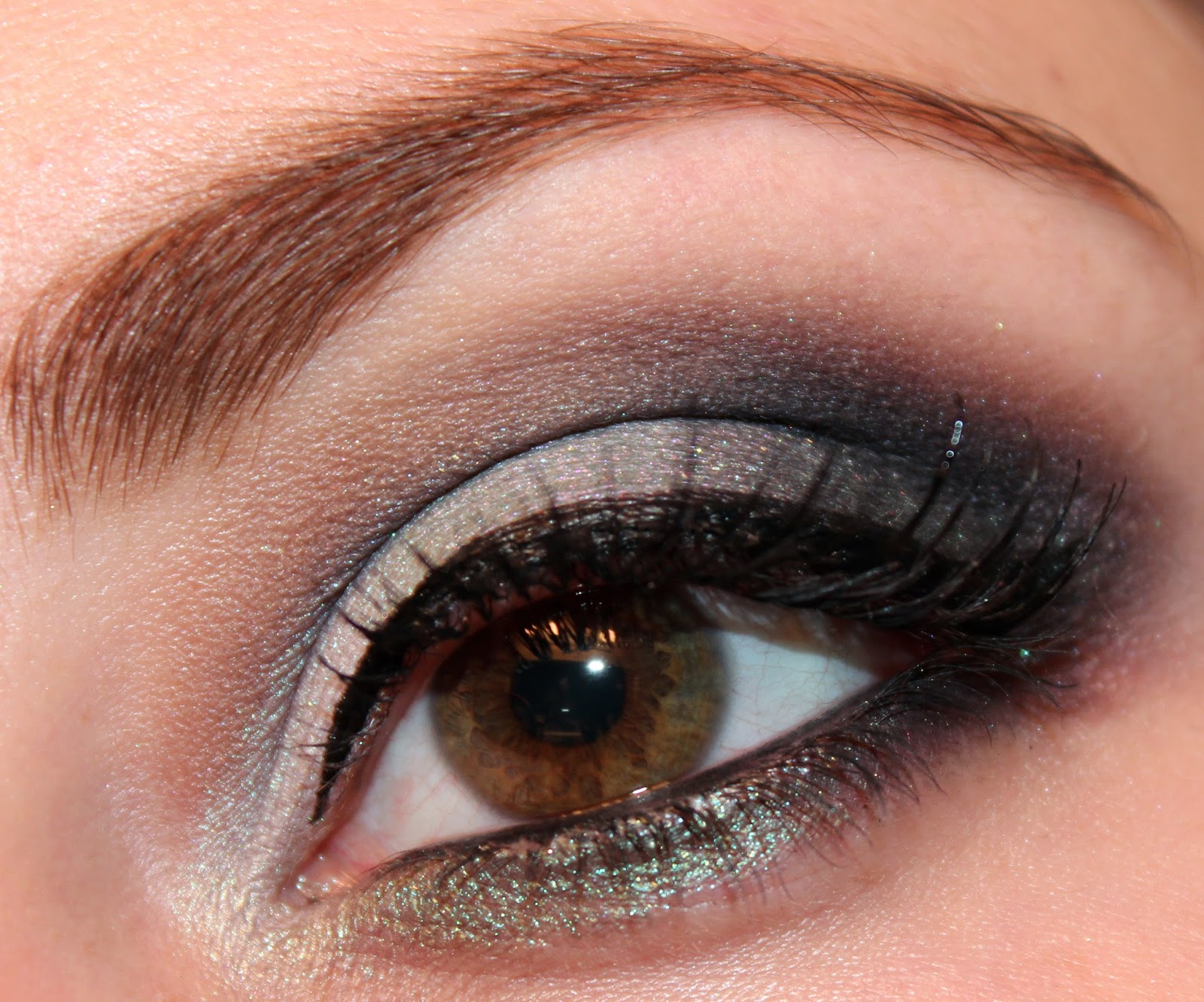 luhivy 39 s favorite things mint green smokey eyes makeup look. Black Bedroom Furniture Sets. Home Design Ideas