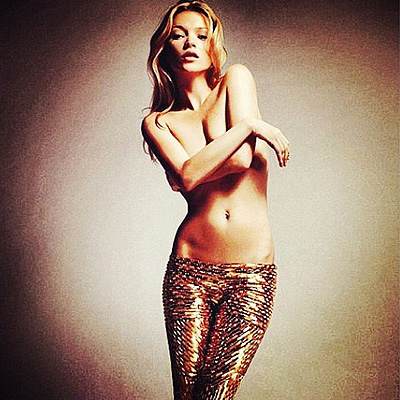 20150710_Kate Moss in an advertising campaign Rimmel