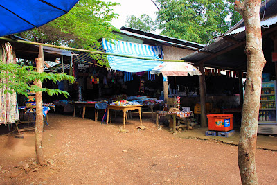 Shops and market in the Khone Phapheng Falls