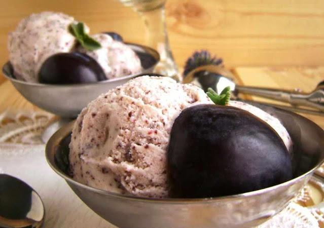 сливовое мороженое