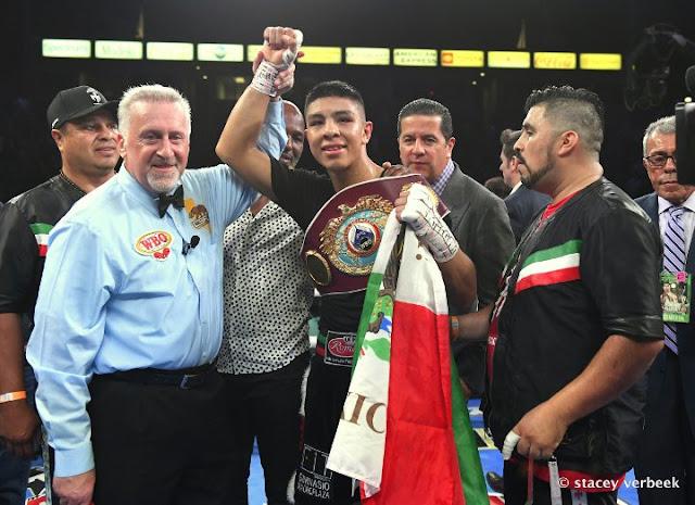 Jaime Munguia Beats Patrick Allotey