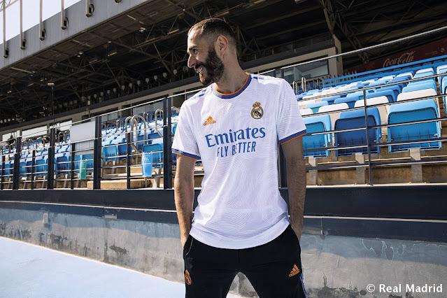 بنزيما بقميص ريال مدريد الجديد 2021/2022