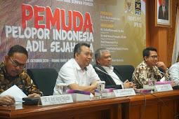 Hadir Sebagai Narasumber Utama Diskusi Publik, Gubernur NTB Pemuda Indonesia Harus Mampu Mendesain Bangsa Sendiri
