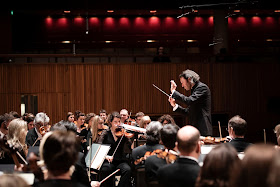 London Philharmonic Orchestra and Vladimir Jurowski (Photo Ben Ealovega)