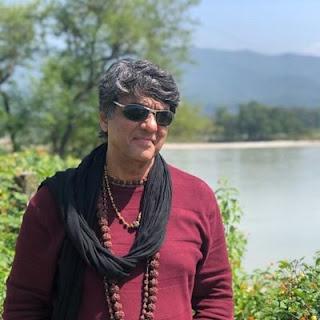 भारत का पहला सुपर हीरो - Mukesh Khanna Biography in Hindi