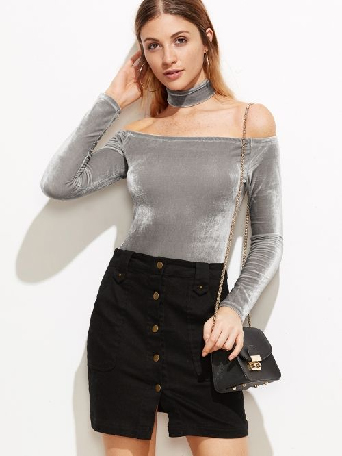 Grey bodysuit with chocker