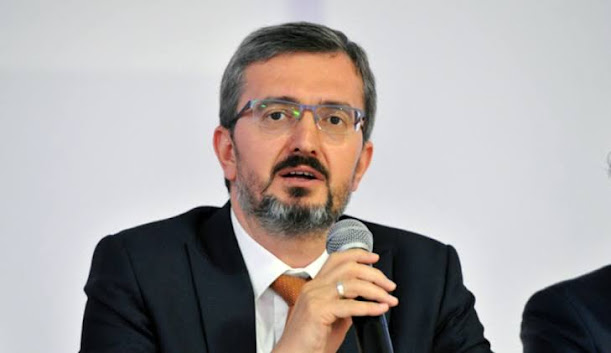 Siyaset Bilimci Prof. Dr. Burhanettin Duran kimdir? aslen nerelidir? kaç yaşında? biyografisi ve hayatı hakkında bilgiler.