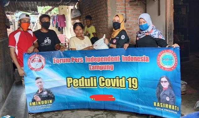 Ditengah Pandemi Covid19, FPII Metro Bagikan Sembako Kepada Warga Kurang Mampu