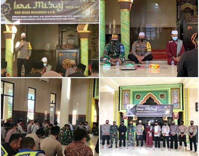 Peringati Isra' Mi'raj, Polres Dompu Undang Ustadz Sya'ban, Tekankan Ibadah dan Disiplin Bekerja
