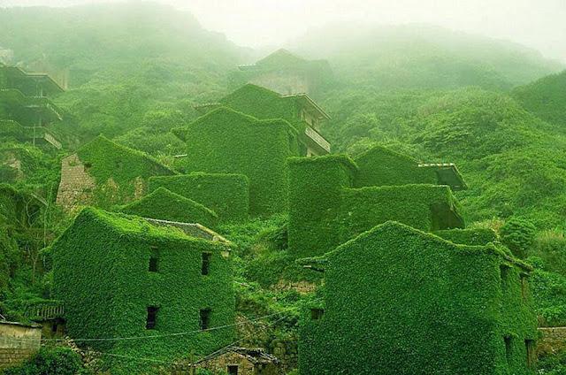 A fishing village on Shengshan Island, China