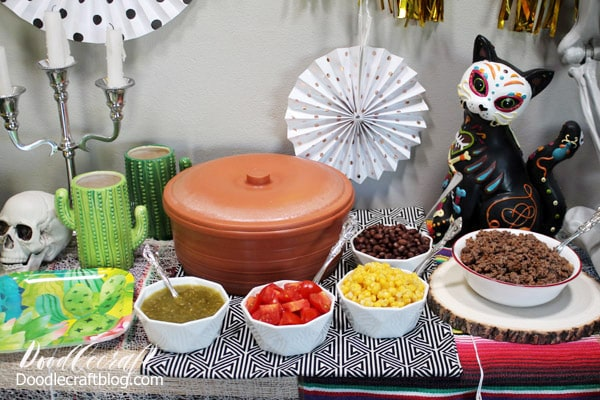 Día de Muertos Day of the Dead Party with Oriental Trading! Celebrate the memory of your ancestors with a fabulous Day of the Dead party! Everything from decor, storage and treats for your next event can be found at Oriental Trading.
