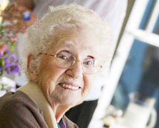 Seniorzy mogą również korzystać z niskich stawek hipotecznych